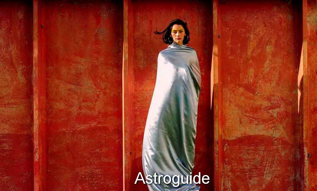 april-2017-astroguide-2-2